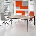 Konferenztisch NOVA 1.600 x 1.640 mm Eiche Elektrifizierung bis zu 8 Personen