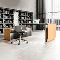 MOTION Schreibtisch mit Sideboard | Elektrisch höhenverstellbar, 2000 x 1800 mm, Eiche Furnier