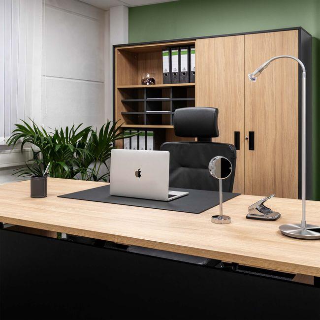 MOTION Schreibtisch mit Sideboard | Elektrisch höhenverstellbar, 2000 x 1800 mm, Bernsteineiche